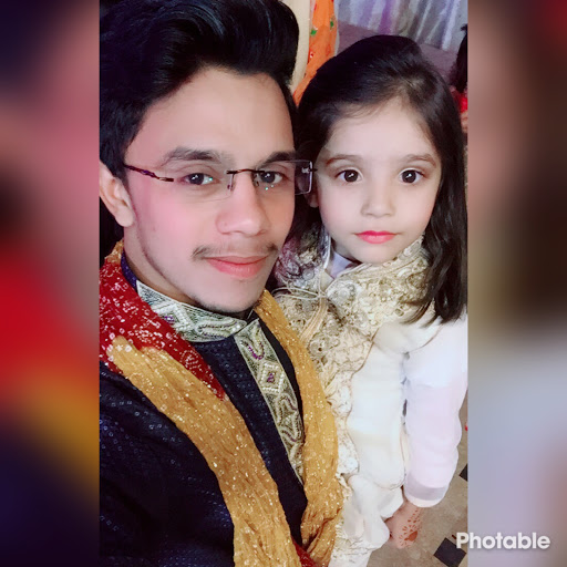 Profile picture of hamza akram